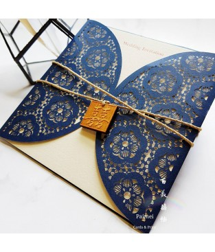 貴族藍圓窗櫺雷射雕刻喜帖 L13002 (檜木/緞帶)
